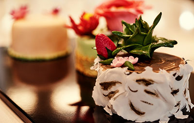 gourmet bakery, cakes, patisserie, pastry, buttercream